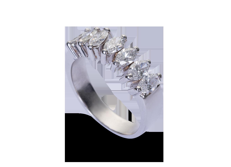 2d75a796ff5 Meia Aliança Brilhantes Navete. Meia aliança em ouro branco com diamantes.
